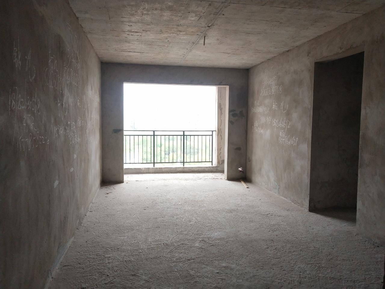 上甲1号公馆3室2厅2卫68.8万元