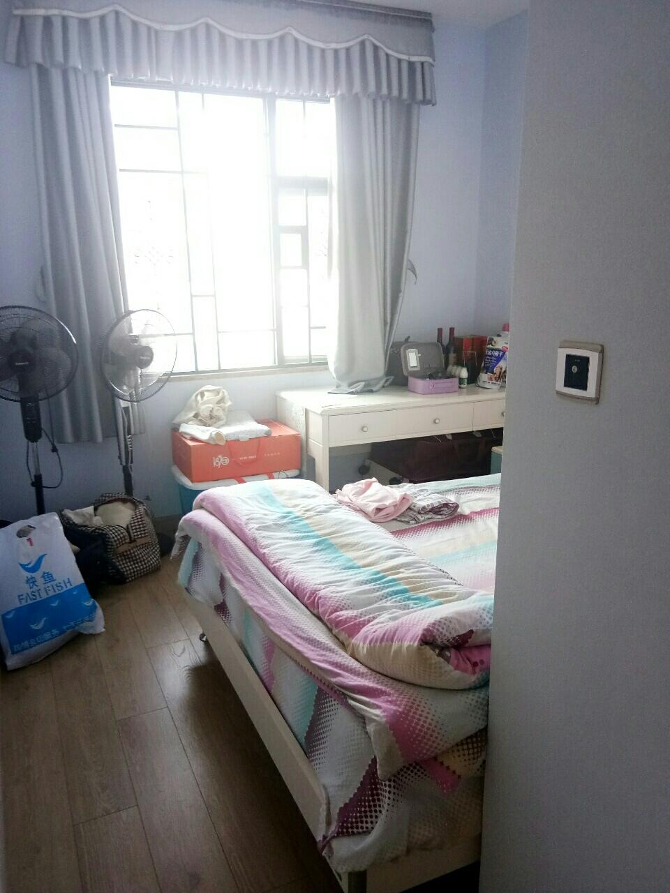 桃江御景豪华装修一小学区房3室2厅2卫108万元