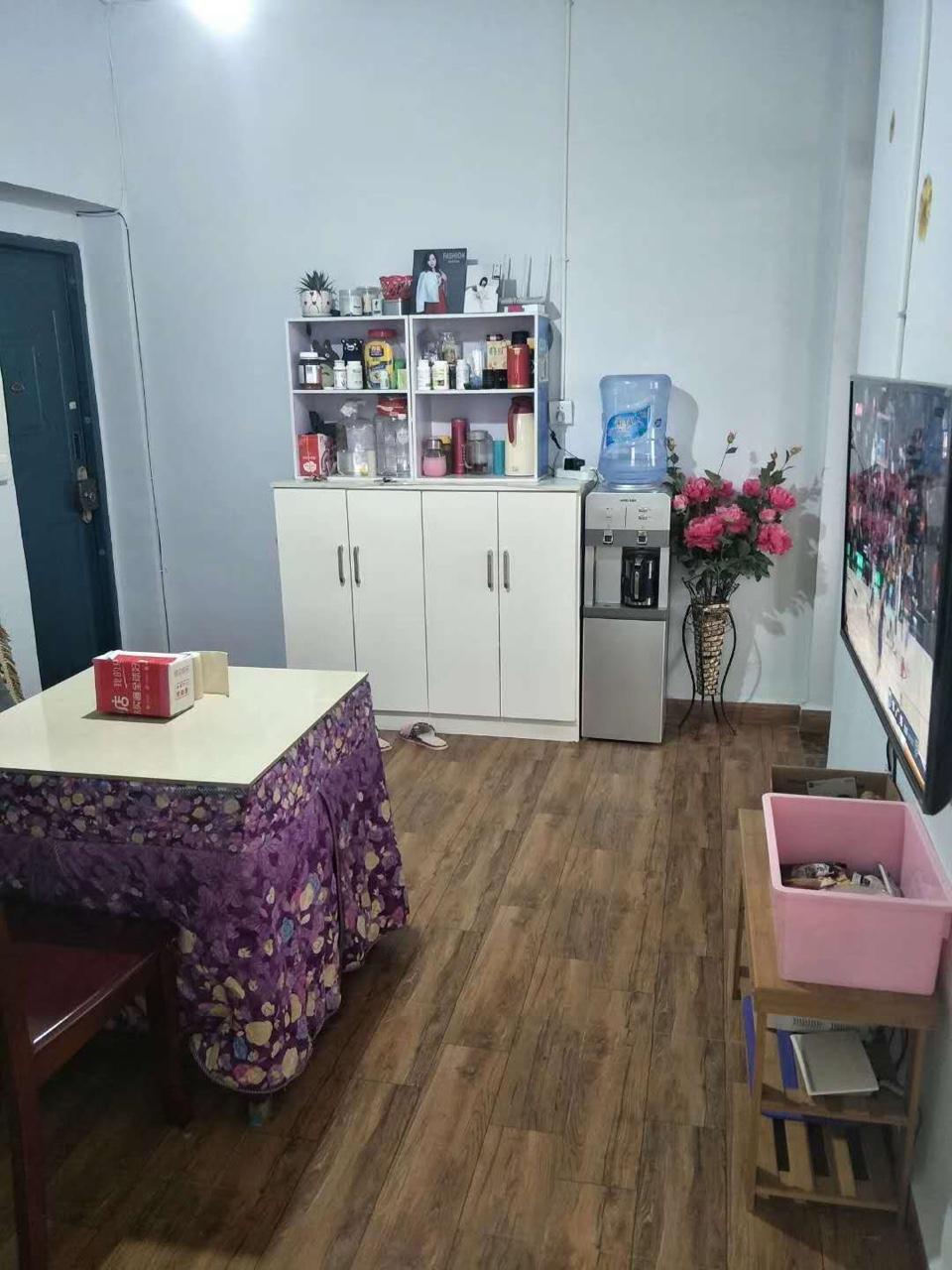 烟厂宿舍精装两室38.8万元