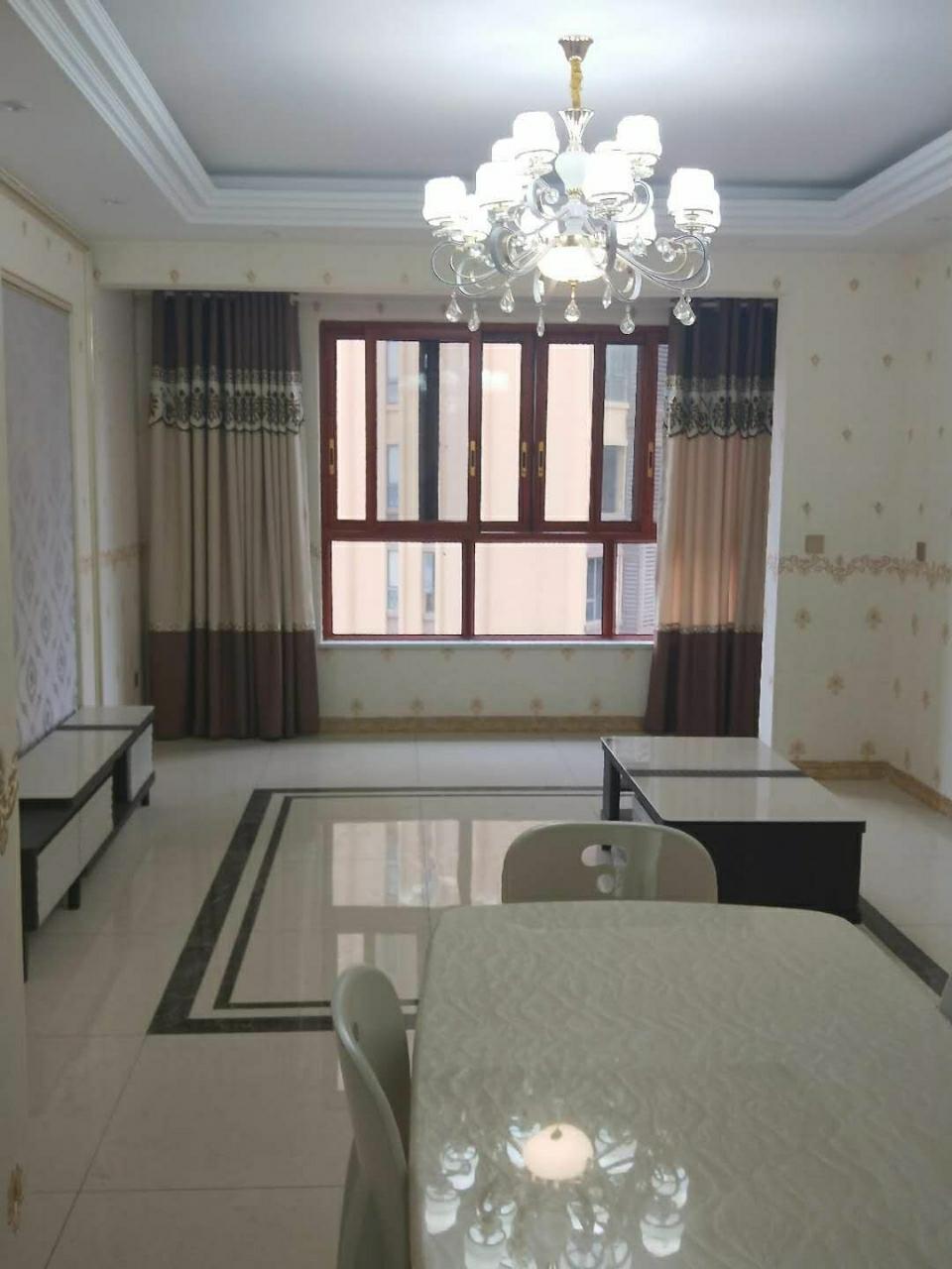 出售阳光凯悦3室2厅2卫72.8万元