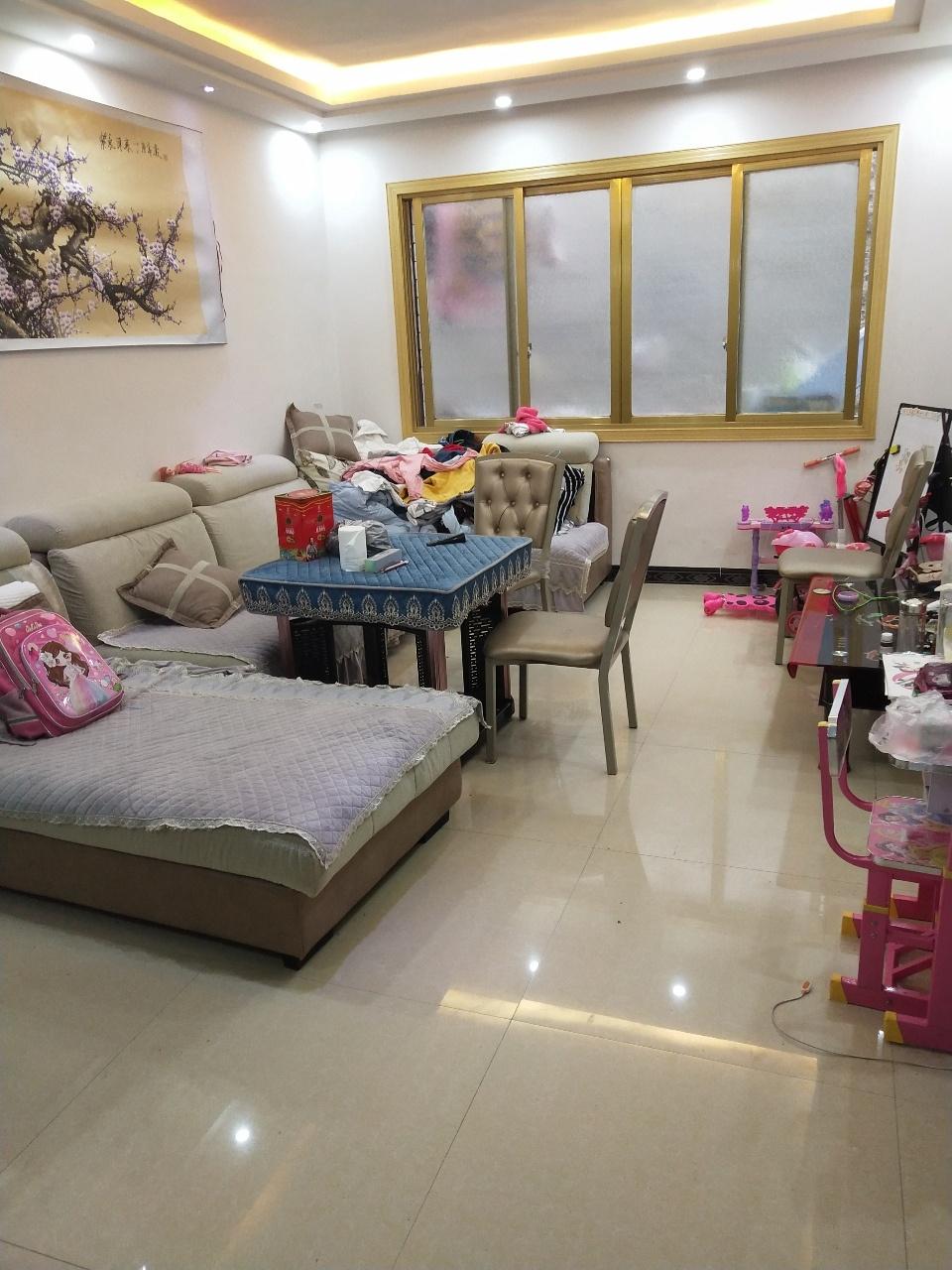 (此房已售)湄江镇政府果蔬市场旁3室2厅1卫36.8万元