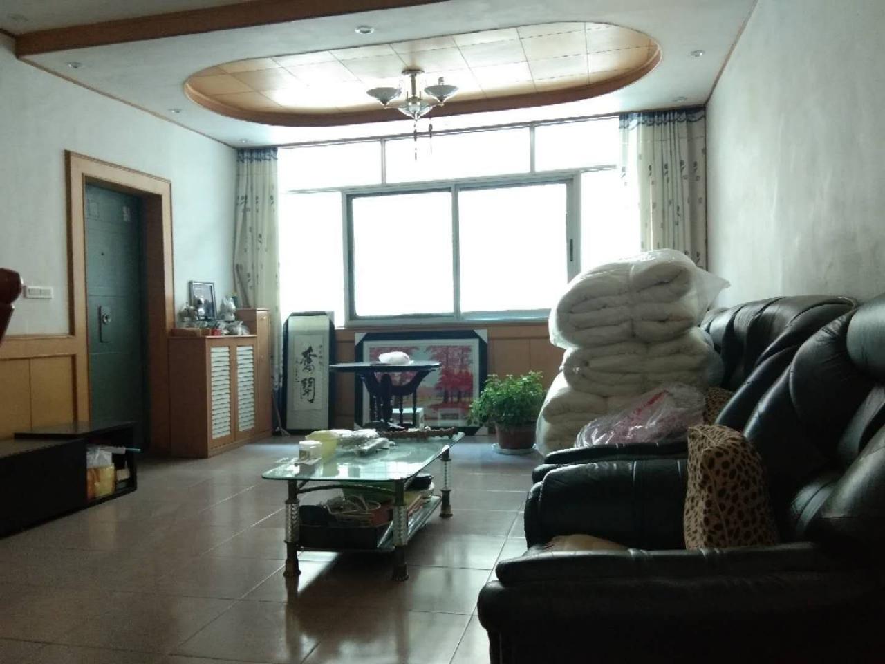 下西街煙辦家屬區三室140平米