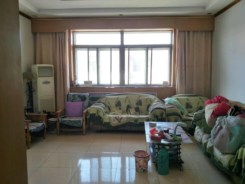 出售高邑凤城花园3室 2厅 2卫50万元