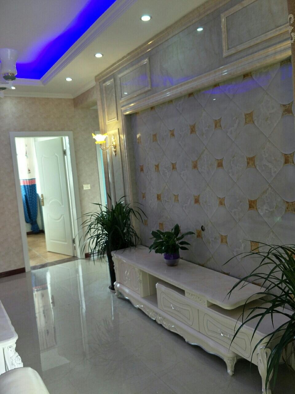 海棠人家3室2厅精装57万元