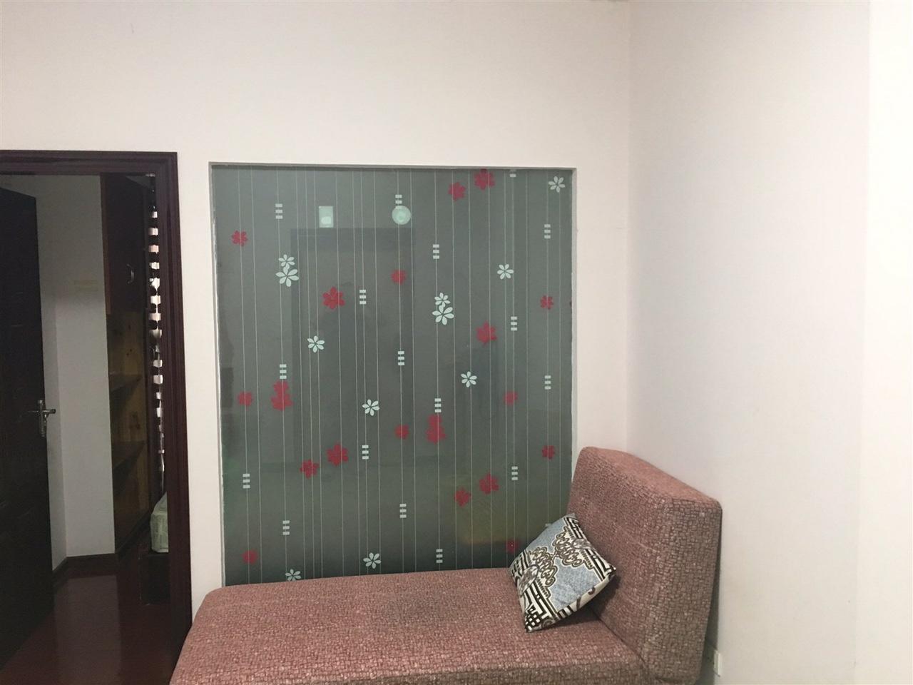 官坝红绿灯附近3室2厅1卫45.8万元