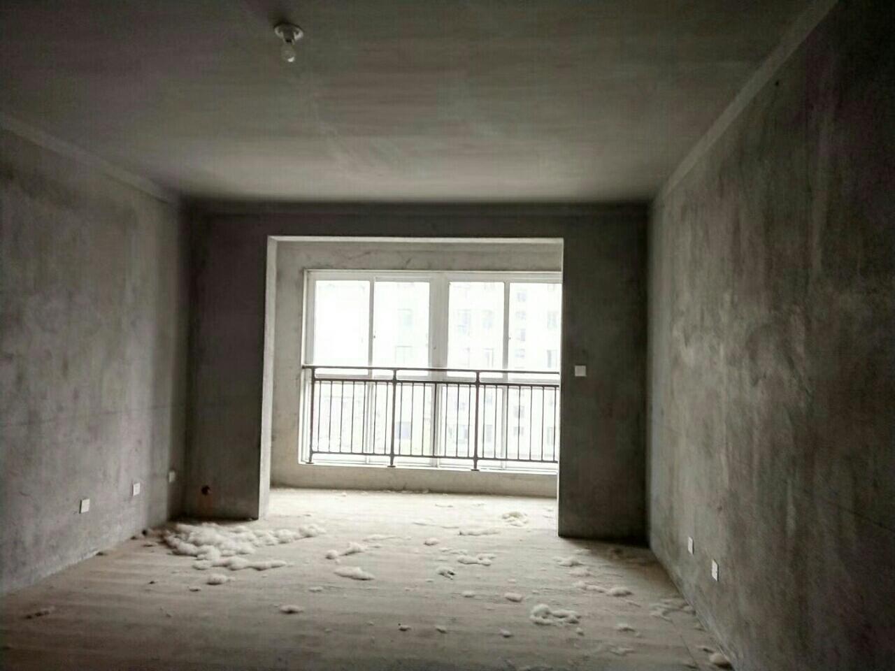 美晨·新天地3室2厅2卫43万元