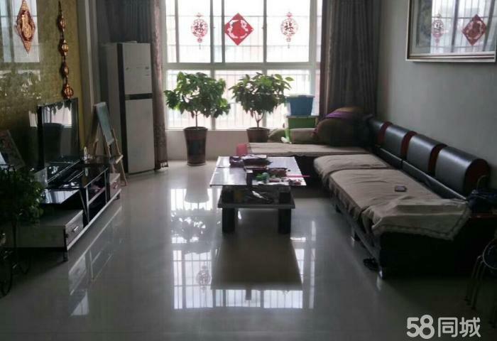 香榭丽舍3室2厅2卫62万元【带电梯】