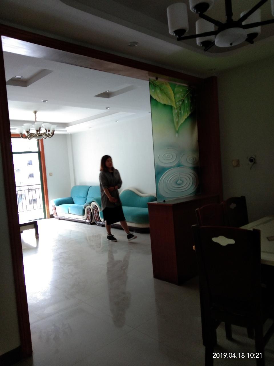 金汇兰庭3室2厅2卫78万元g