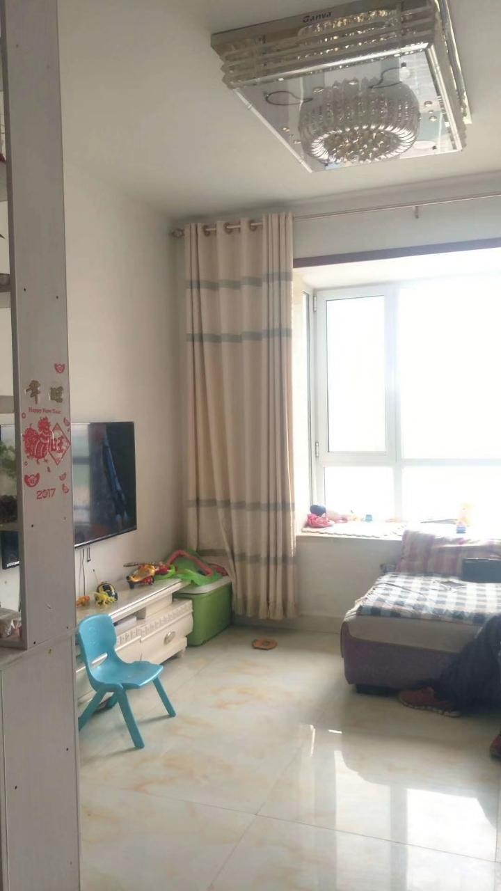 清华家园3室精装,55万元,有证可贷款