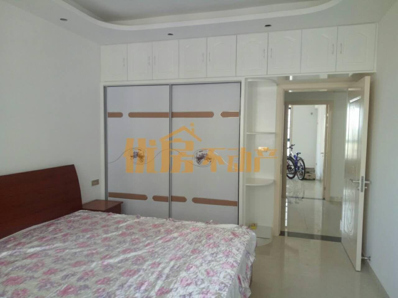 百泰京城2室2厅1卫98万元
