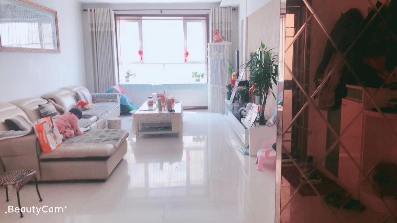 锦绣花园3室90万元,带小房车库,五百村小学学区