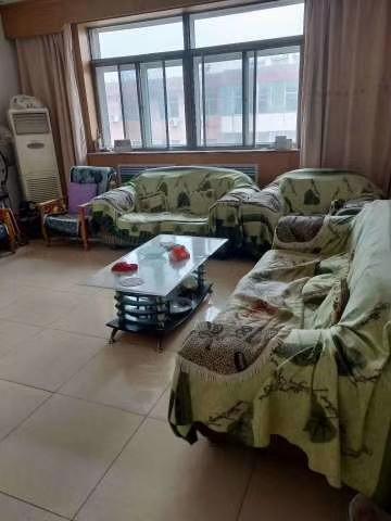 凤城一区3室2厅2卫50万元,首付19万,可过户