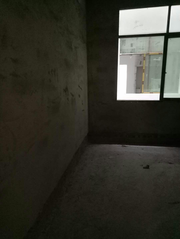开阳县望城坡小区3室 1厅 1卫15.8万元