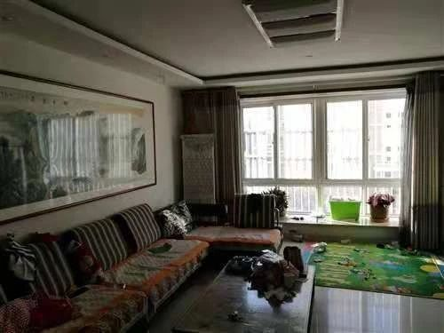 凯泽名苑128平2楼精装免税带车库。110万元