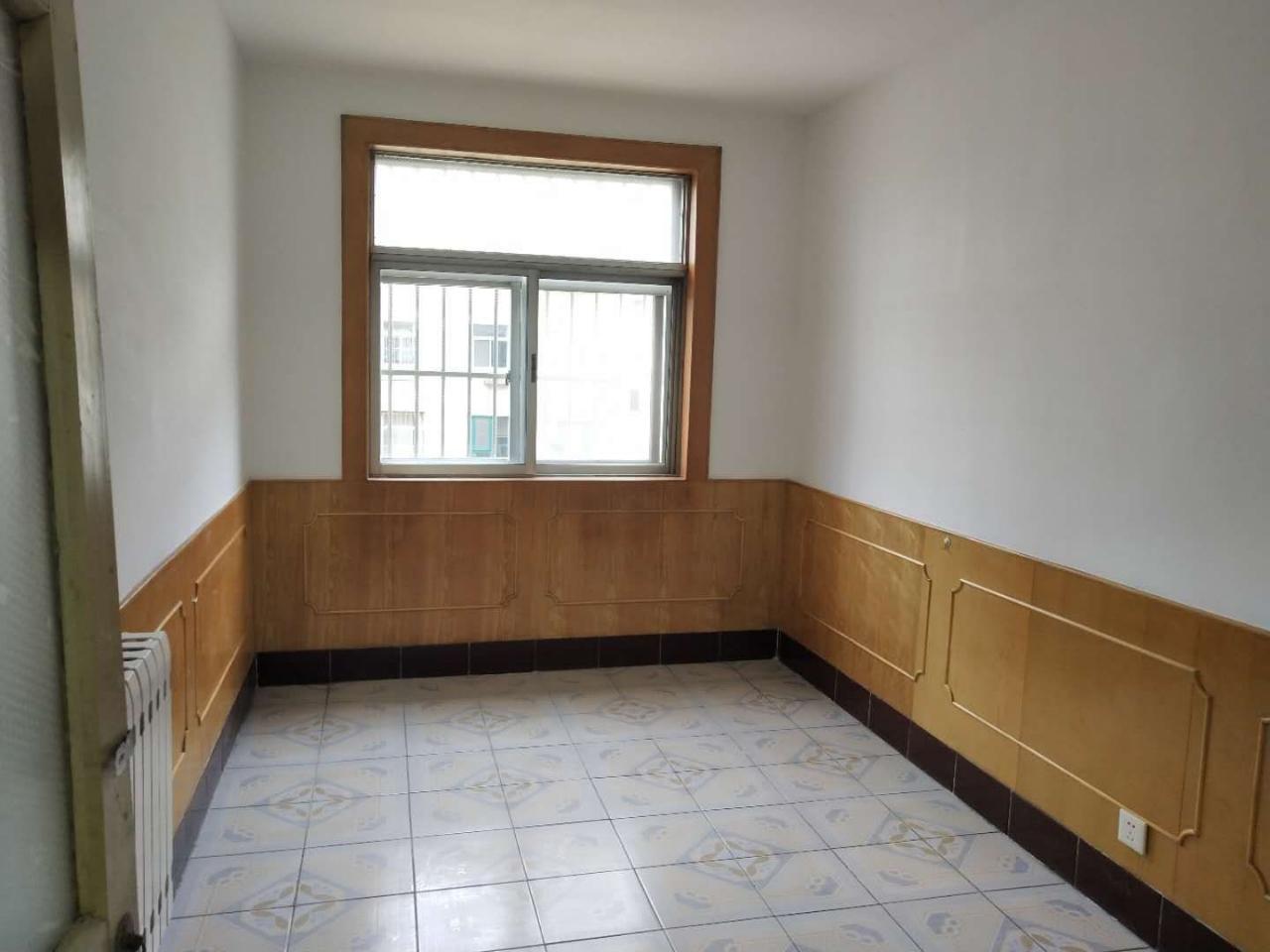 實驗片蜆河小區好樓層3樓3居室帶小房好位置