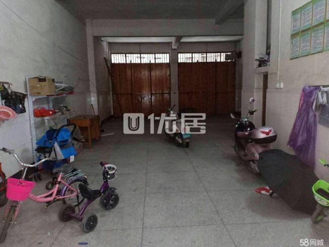 河坝村自建房3室1厅1卫185万元