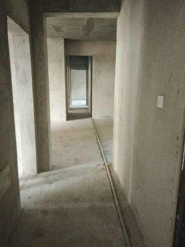 世客城5室2厅2卫57.6万元