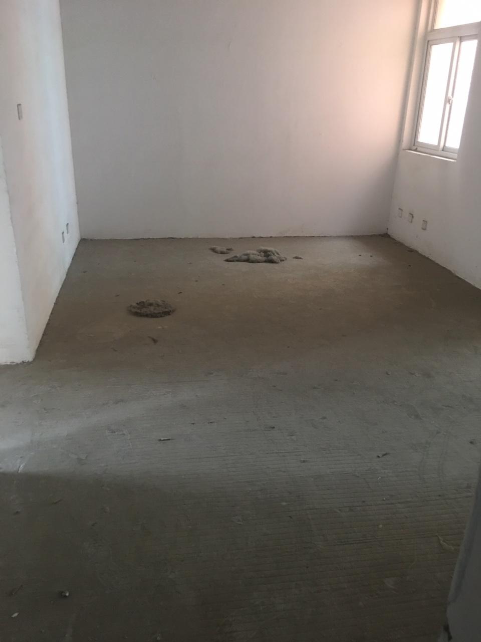 新时代小区3室2厅47万元