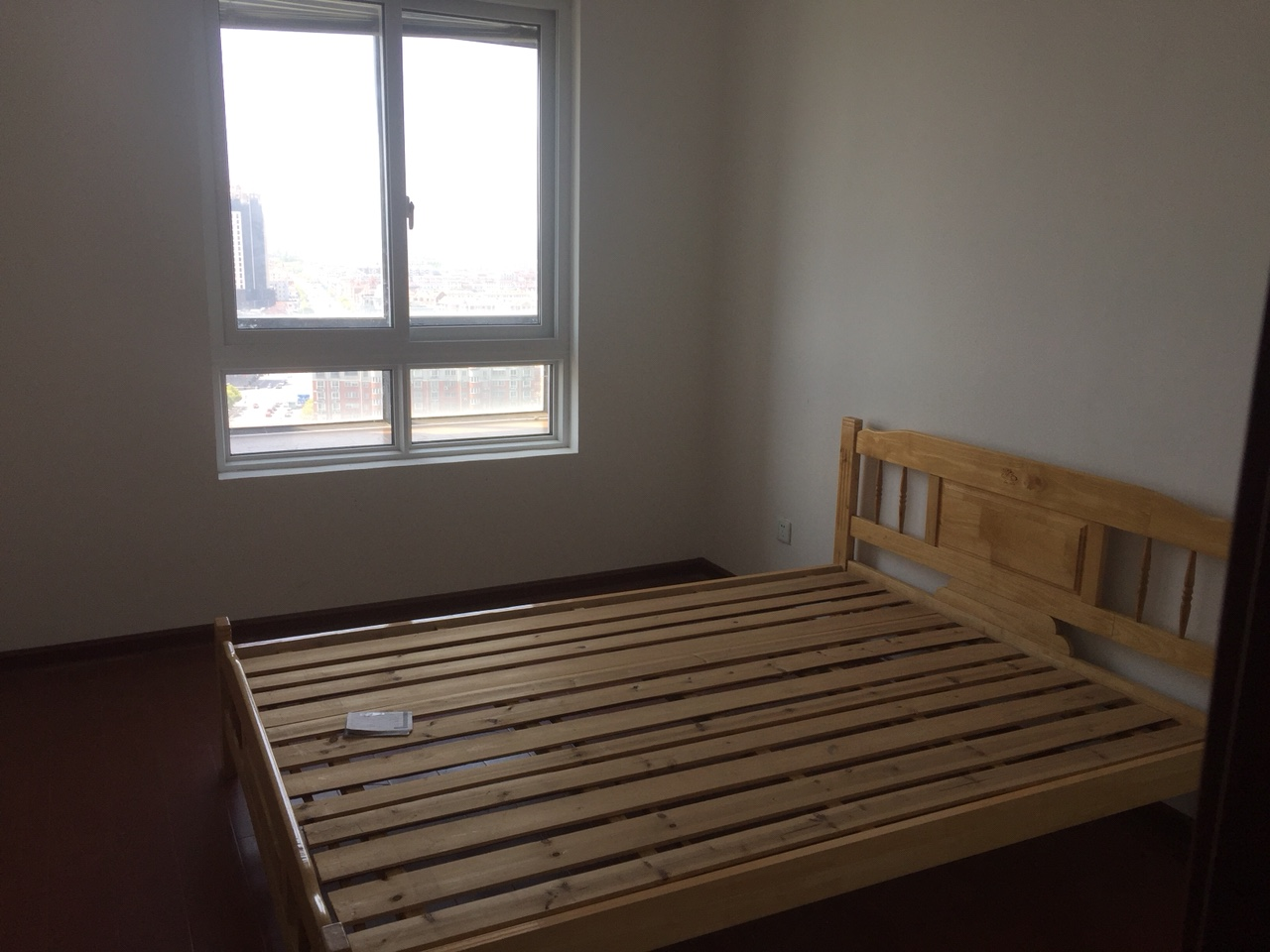盛世华城2室2厅2卫130平精装115万元