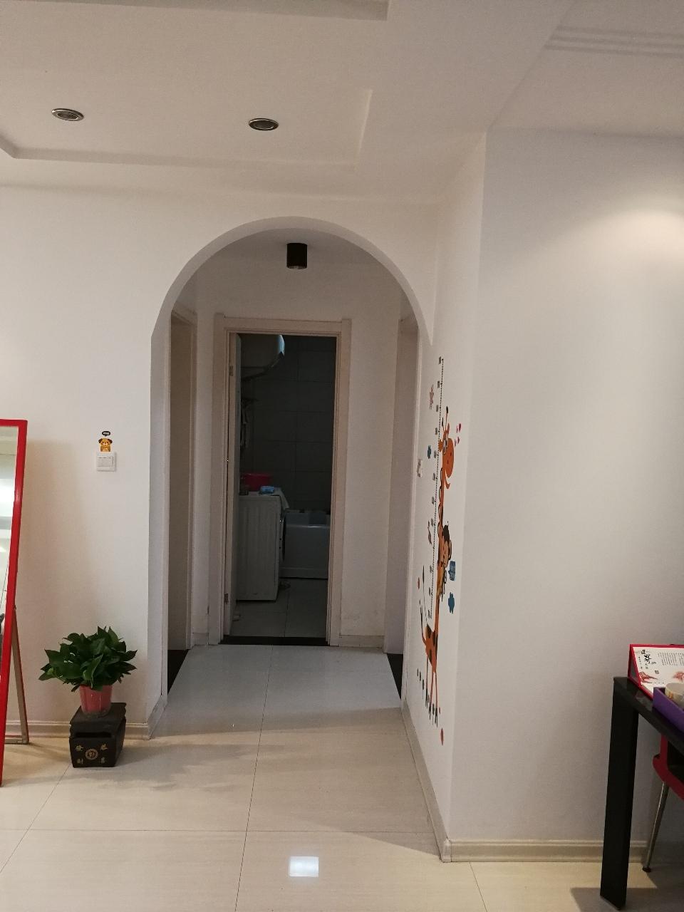 绿城西子精装修2室2厅1卫95平米+附房92.8万