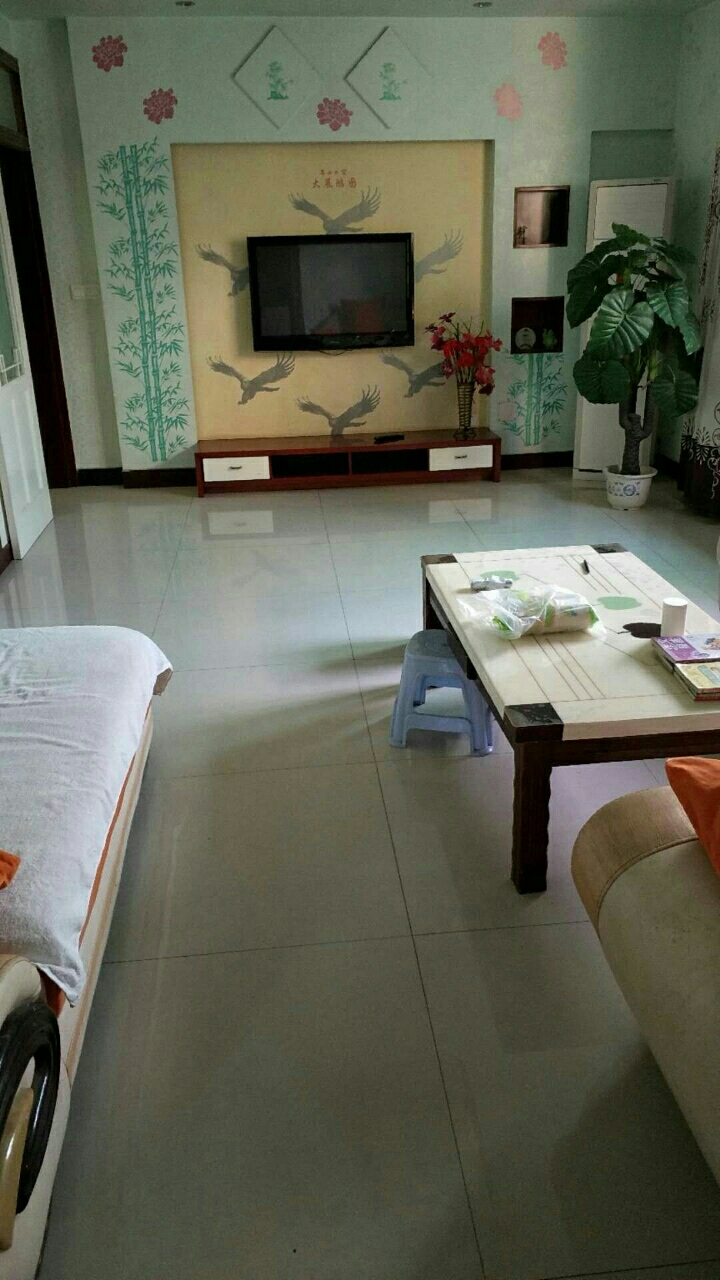 南凤巷3室2厅2卫40万元