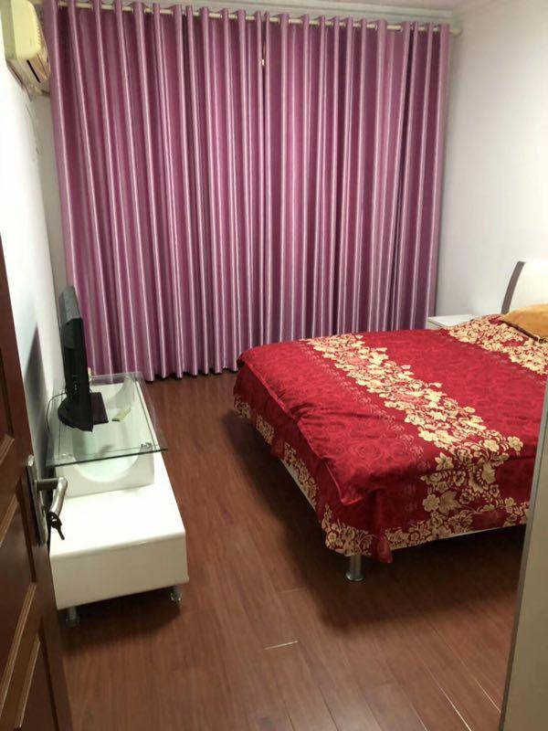 宾东小区102平米新装3室1厅1卫62.8万元