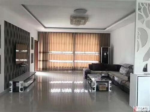 博昌花苑3室2厅2卫108万元