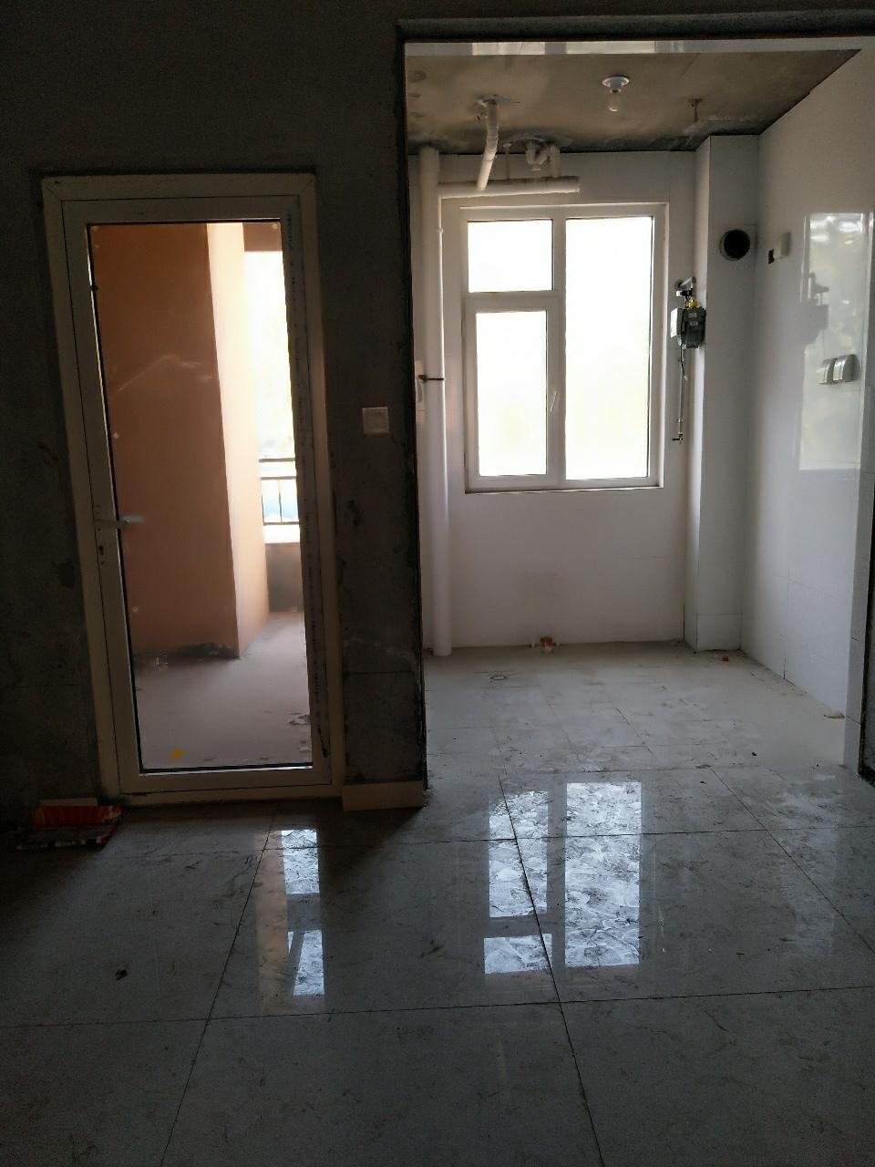 7154翡翠城2室2厅1卫85万元