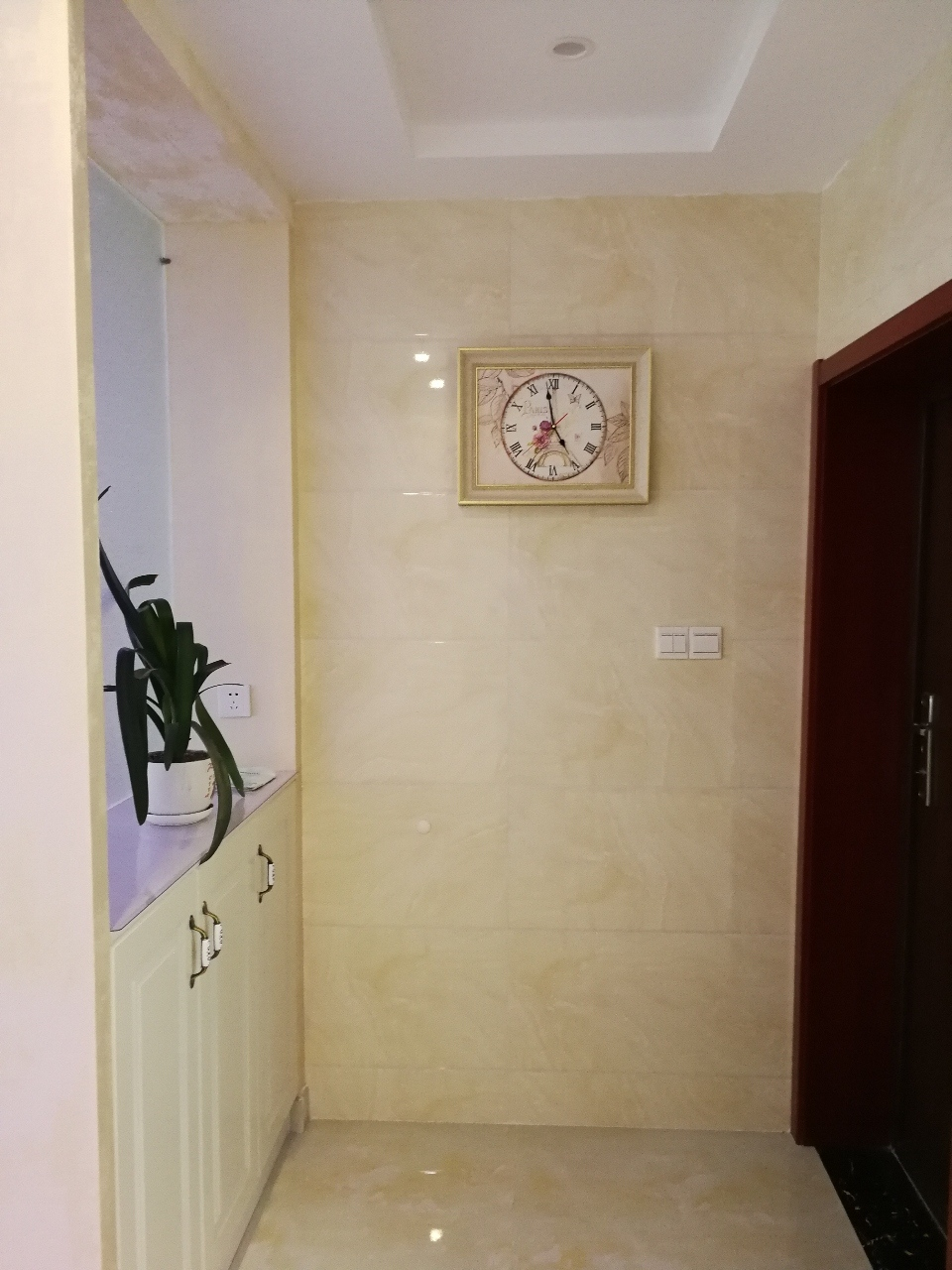 中坤苑精装3室2厅2卫130平南北通透123.8万