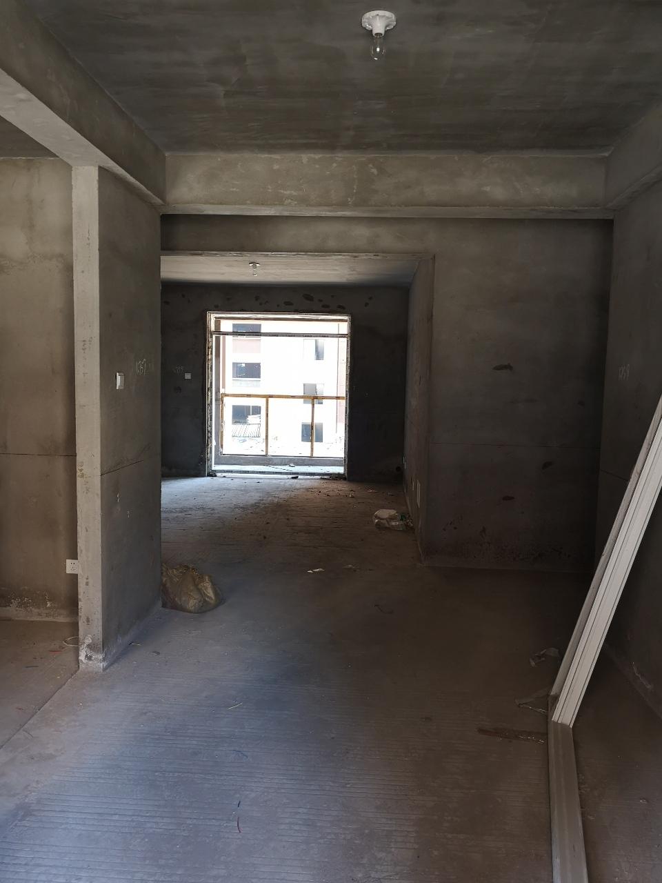 城南现房!鼎建·紫金名门3室2厅2卫88万元