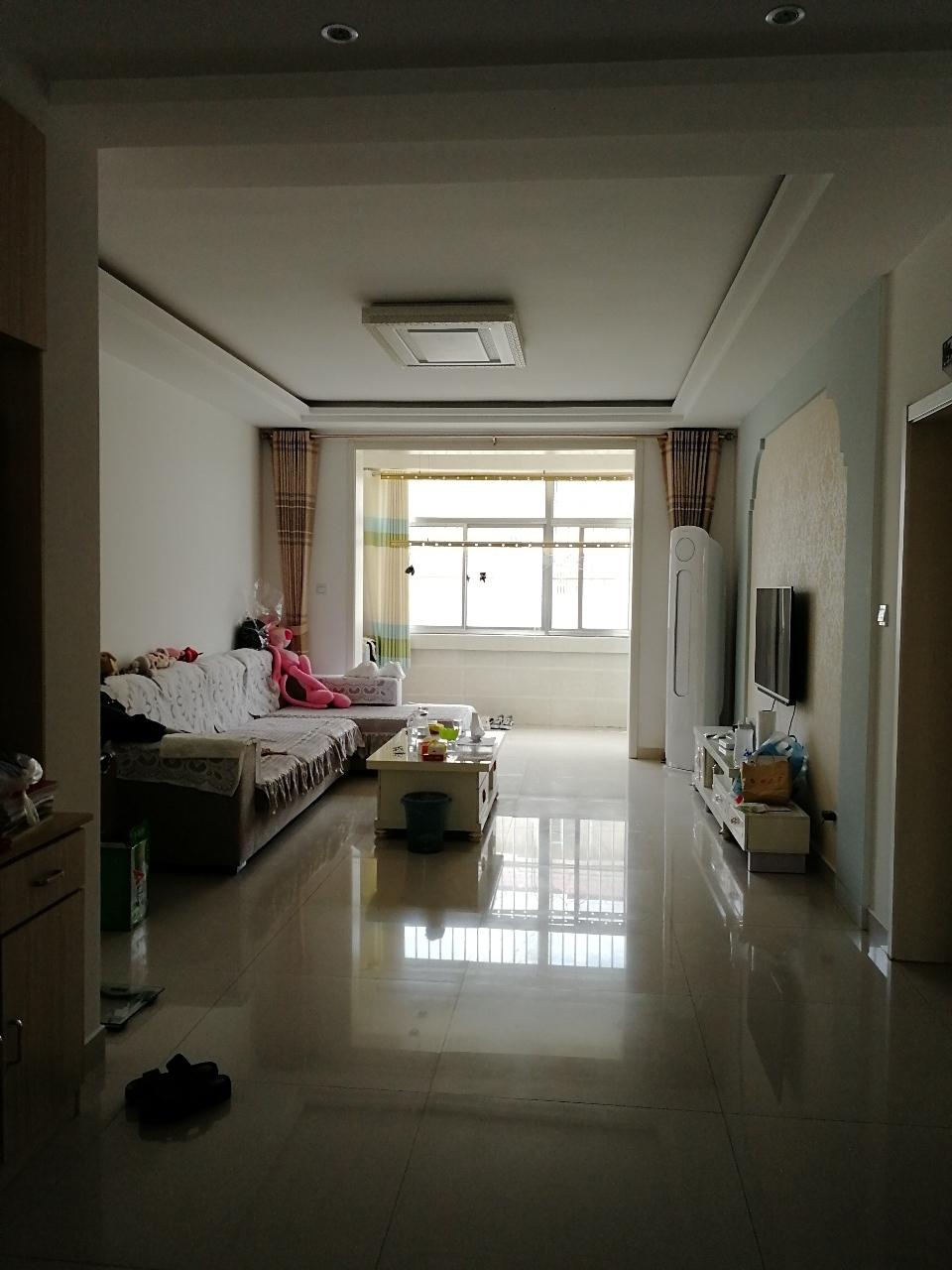 9513阳光花园2室2厅1卫120万元