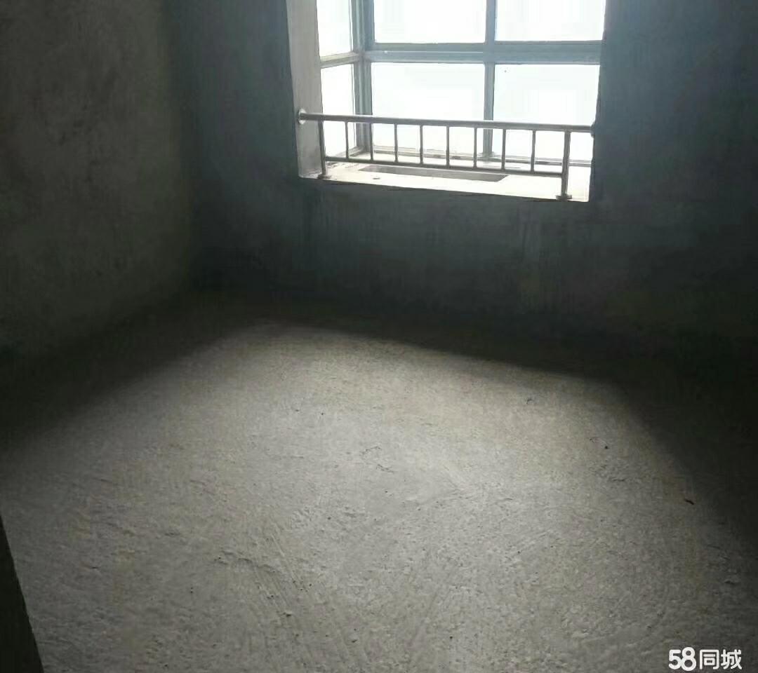 滨江新城3室2厅2卫65.4万元