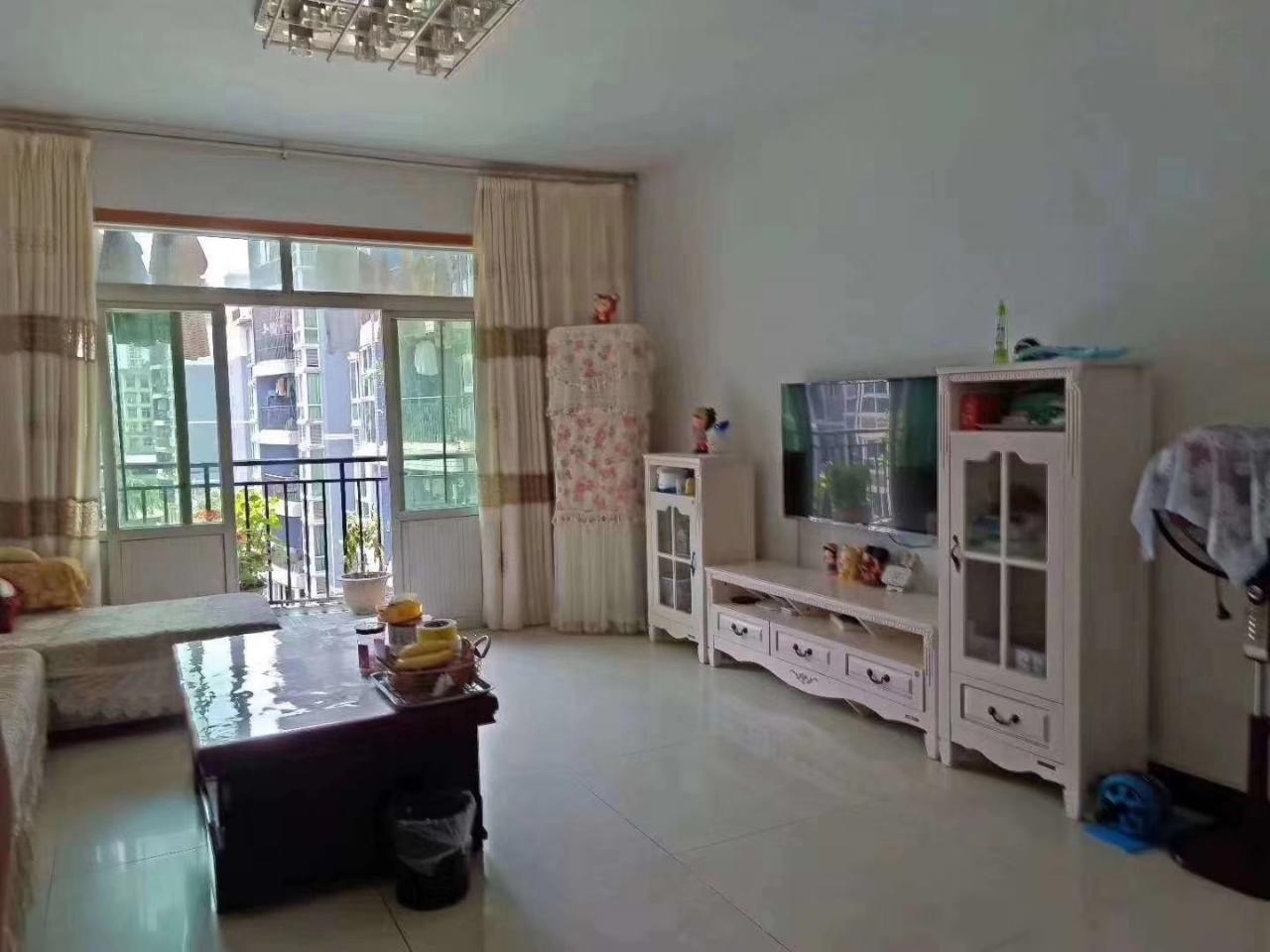 金龙花园3室2厅2卫118平62.8万元