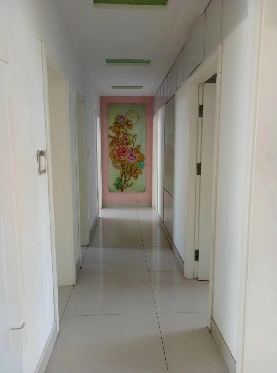 西关小区3室2厅2卫80万元