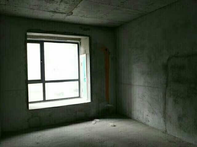 和諧小區3室2廳2衛57萬元