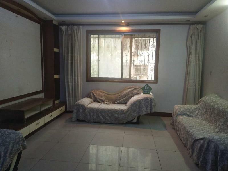 鑫鑫花园3室2厅2卫75万元