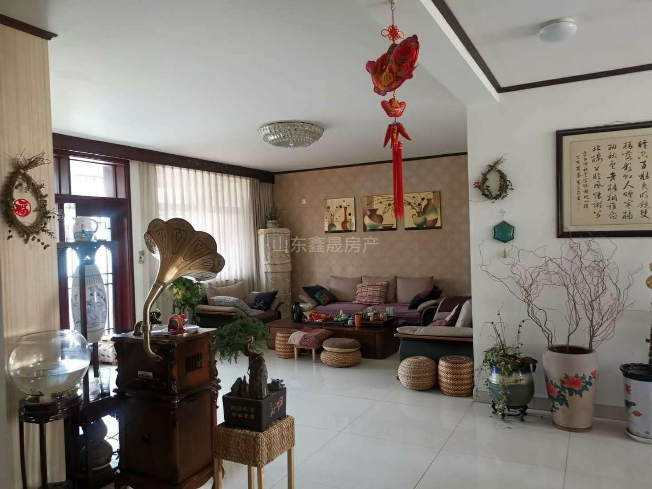 京博雅苑3室2廳2衛150萬元