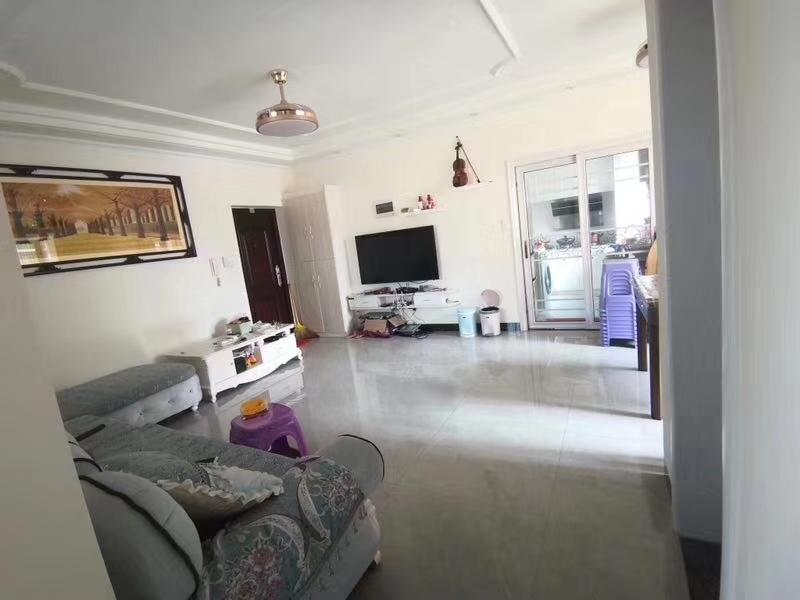兆南熙园3室2厅1卫72万元