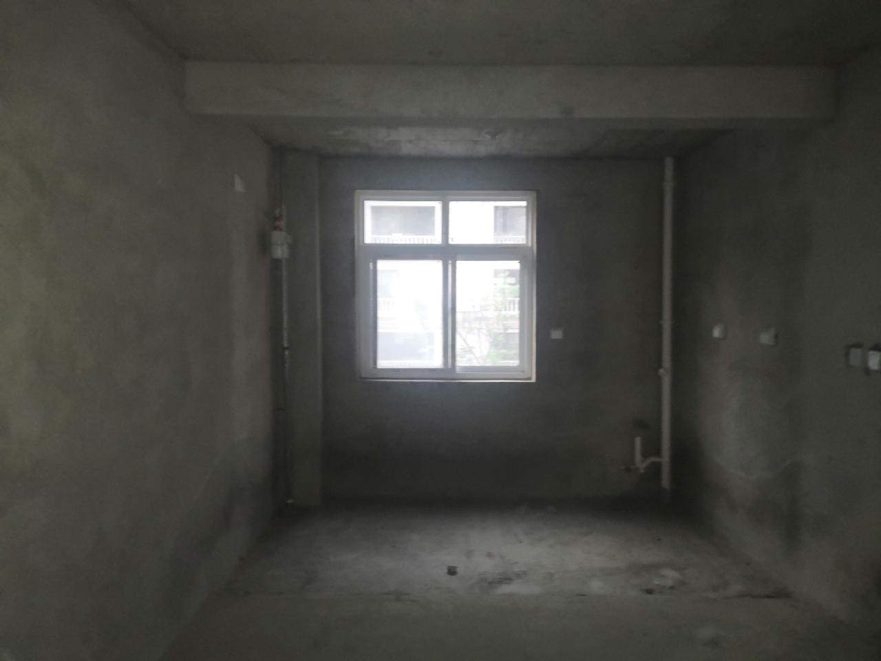 大正翡翠城3室2廳2衛65萬元