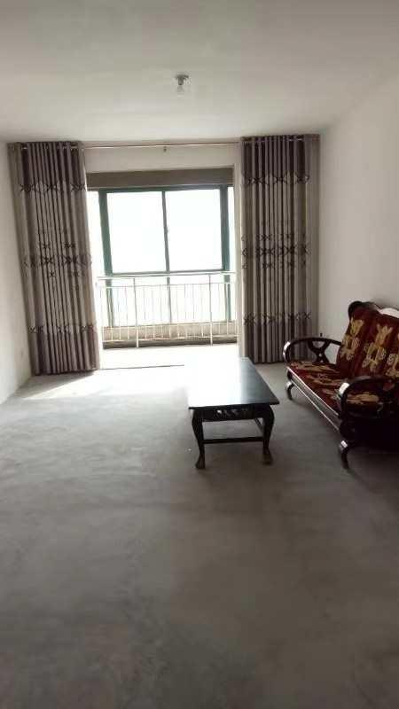 秦楚杰座2室2厅1卫37万元