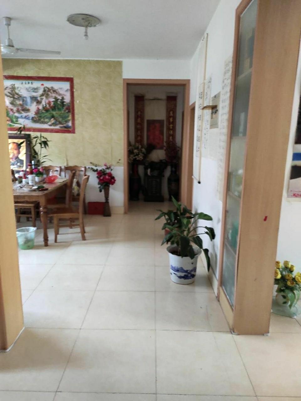 9435欧亚花园3室2厅1卫130万元