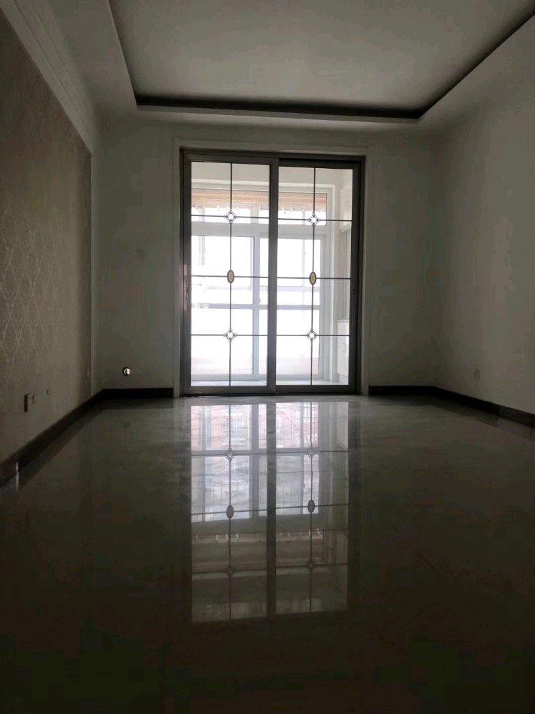 青云紫府2室2厅1卫64万元