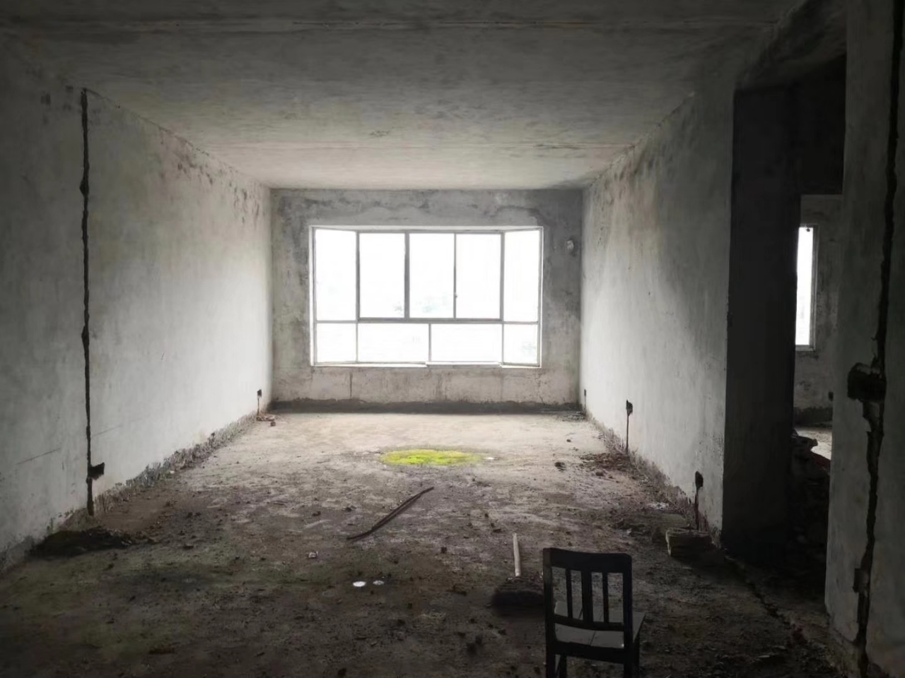 茶乡广场3室2厅1卫45.5万元