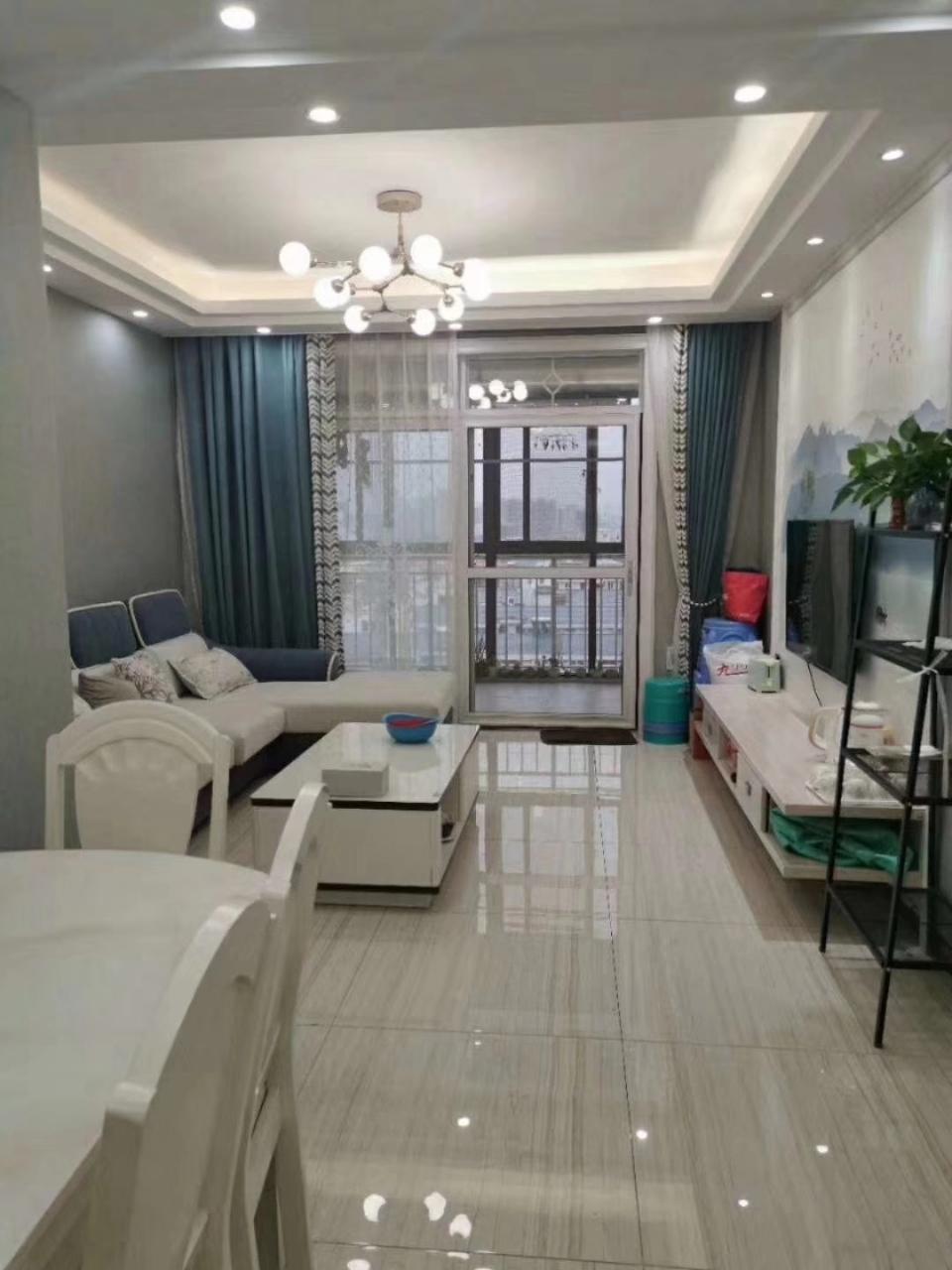 书香苑3室2厅2卫71.8万元