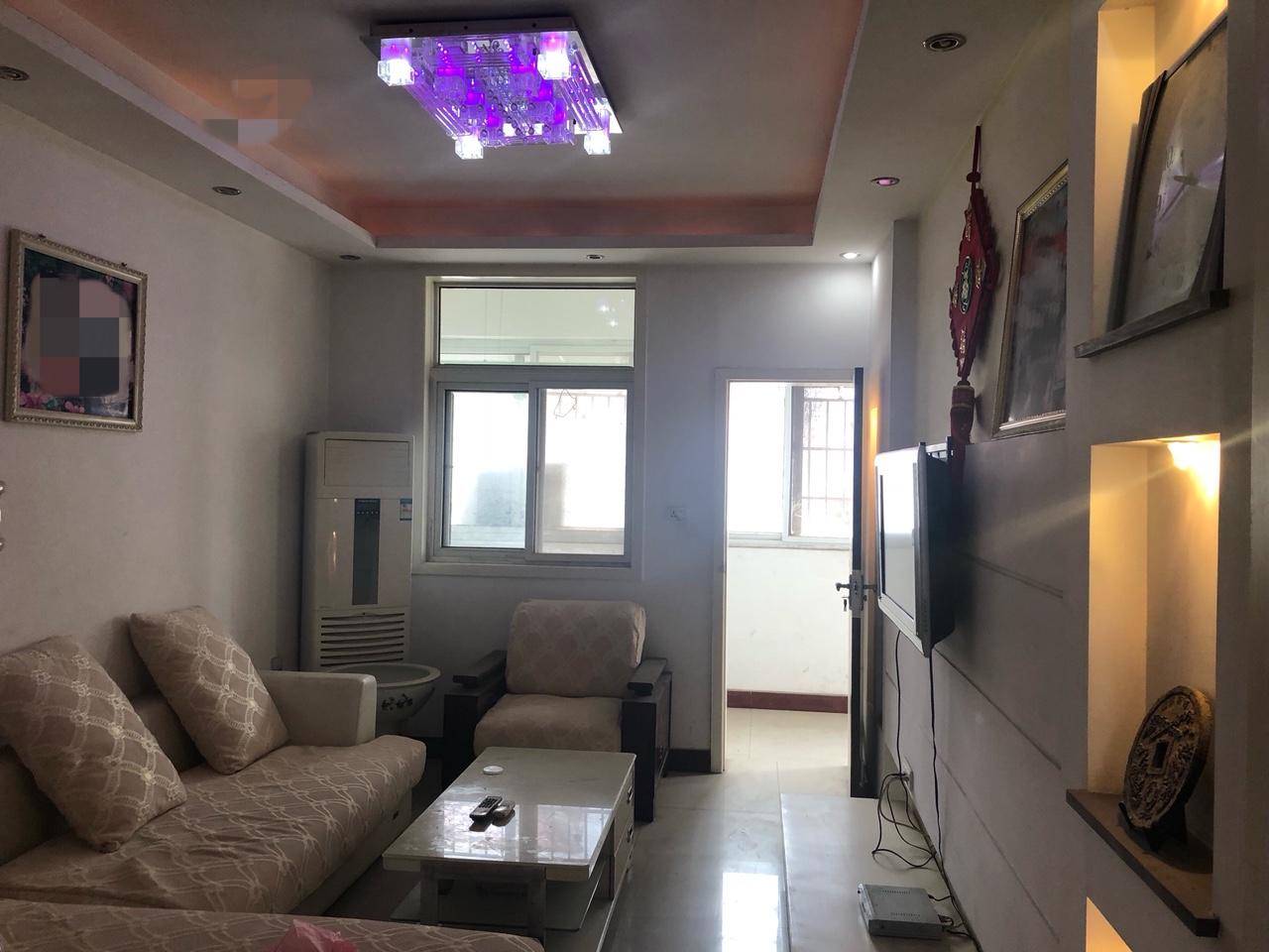 金苑小區2室2廳1衛36萬元送車位儲藏室