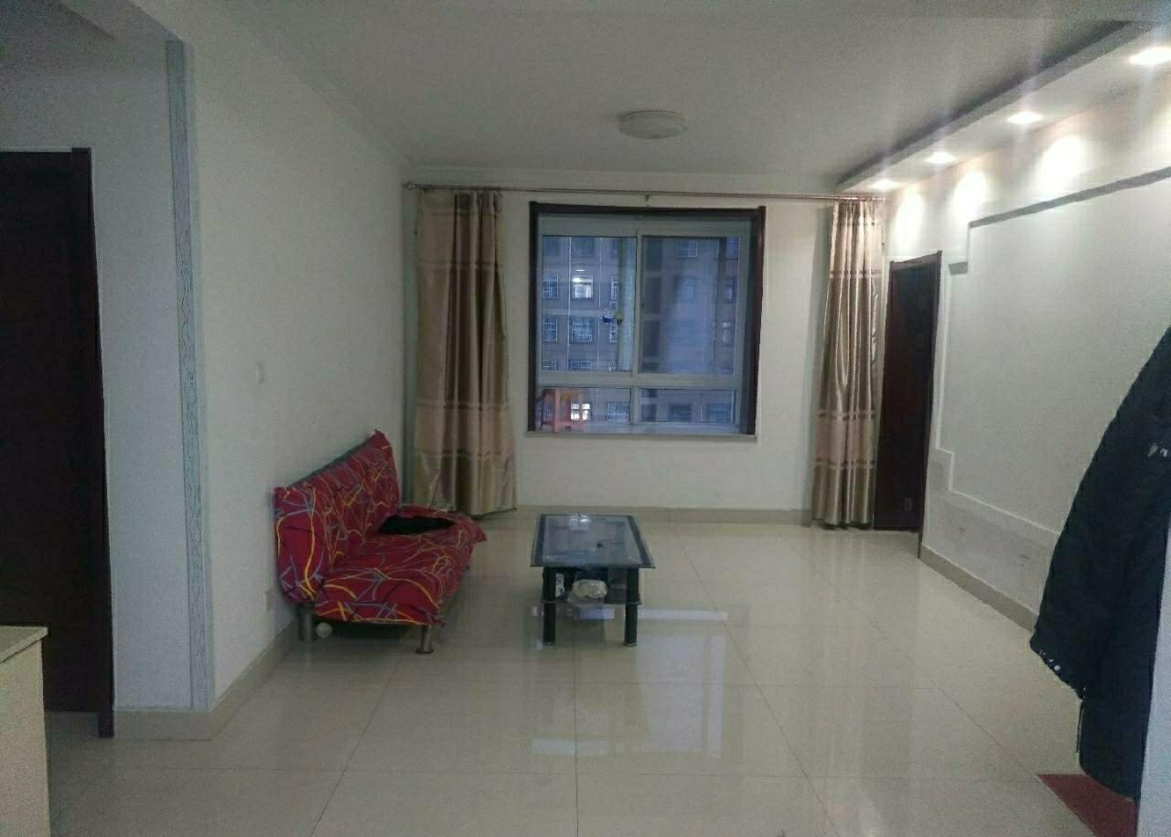 12740锦湖高层108平14楼中装3室2厅1卫60万元