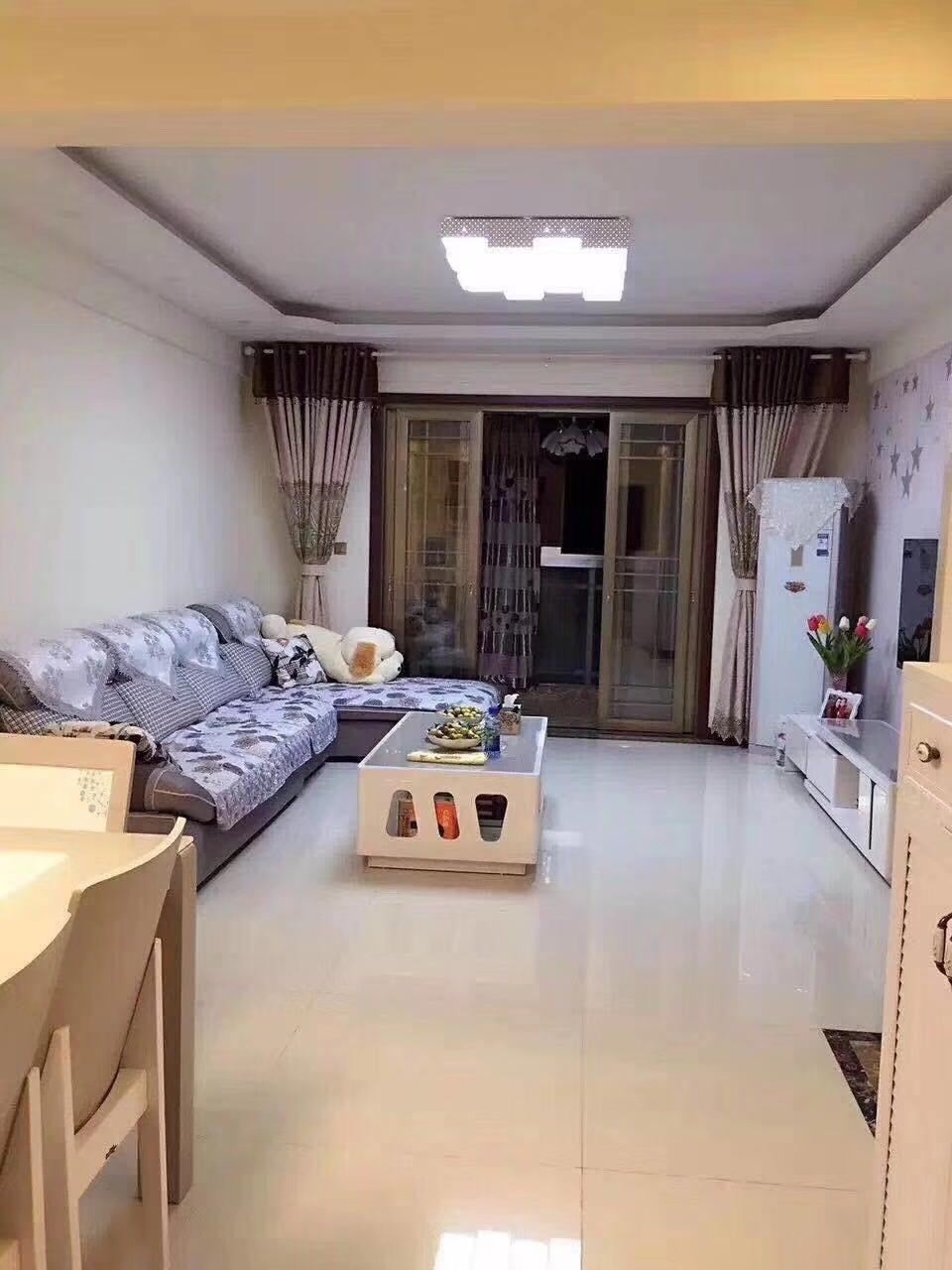 威肯领秀江山3室2厅2卫73.8万元