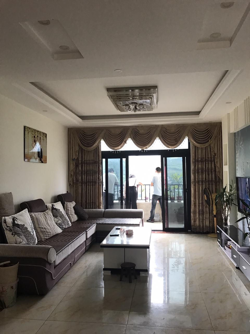 三台山洋房115平米3室2厅2卫79.8万元