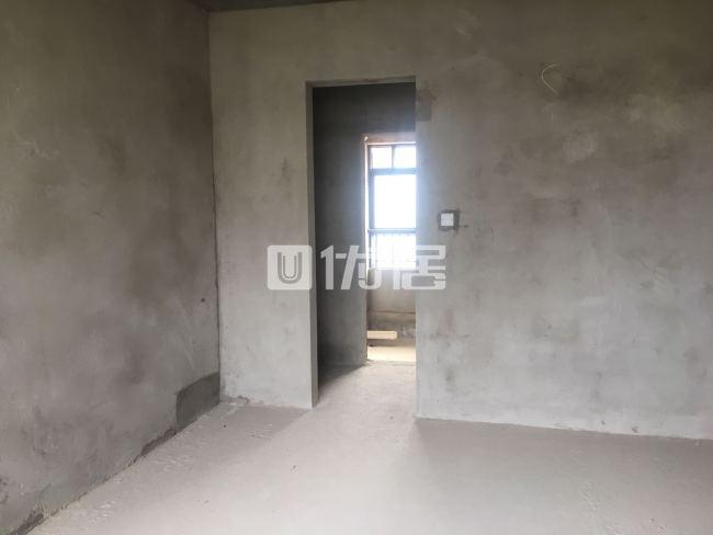 世客城2室2厅1卫61万元