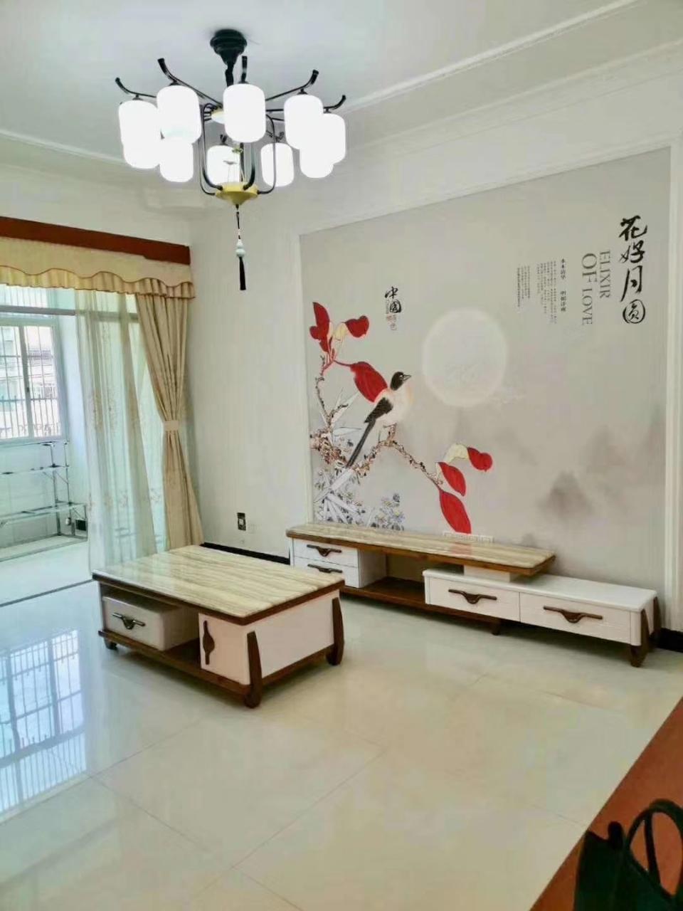 福麒山庄附近三方两厅两卫带杂间中间楼层